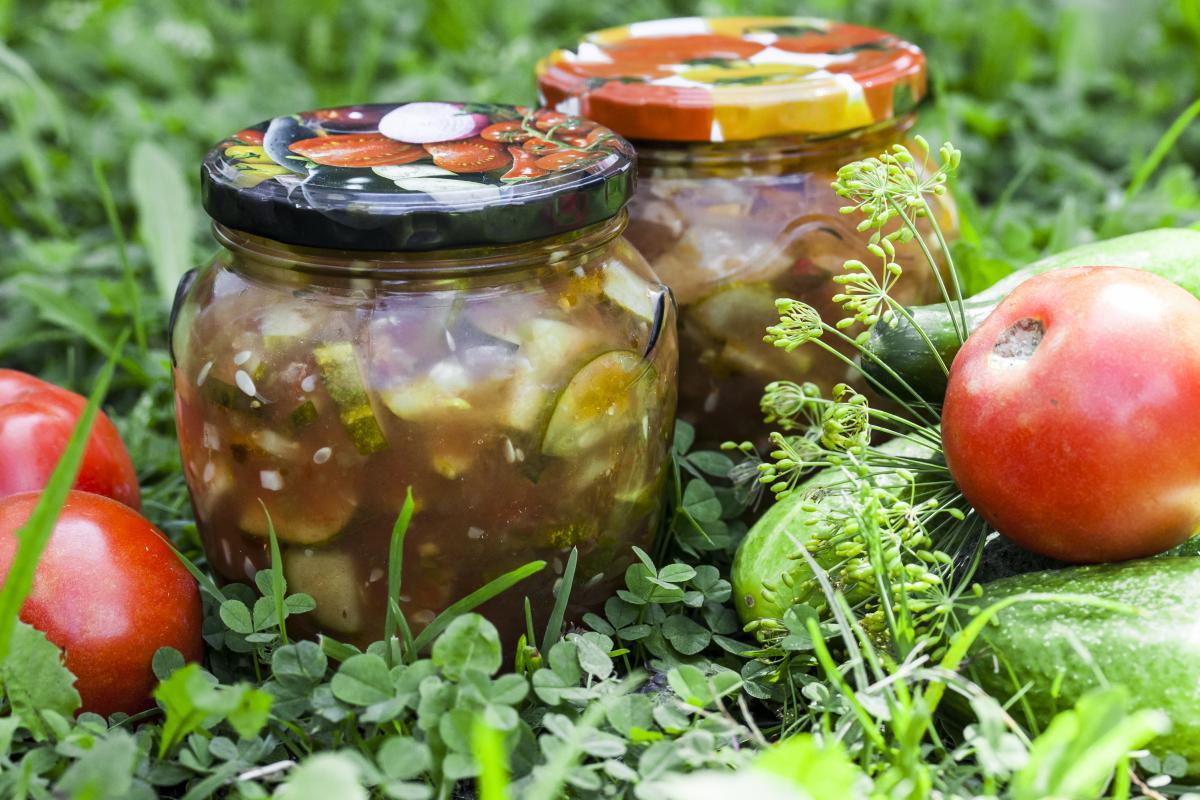 Рецепт салата из огурцов на зиму / фото ua.depositphotos.com