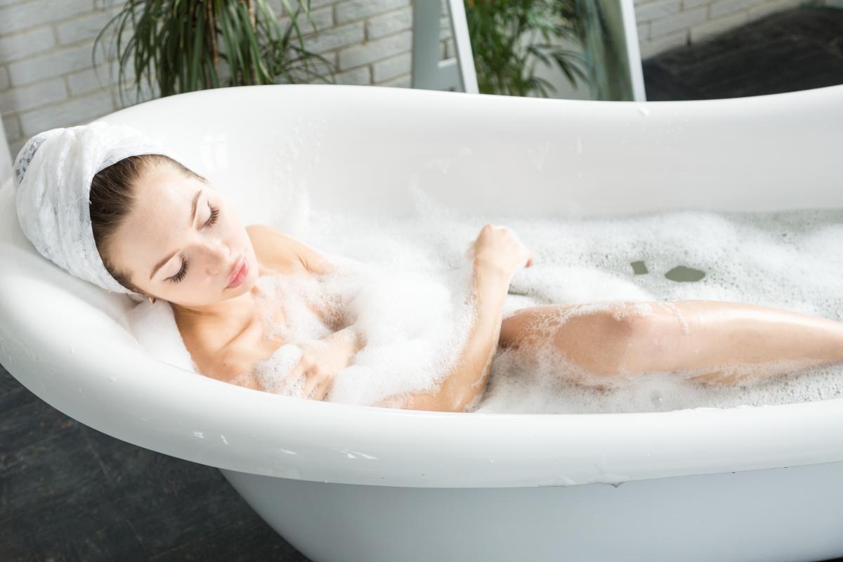 Мастурбация в ванне / depositphotos.com