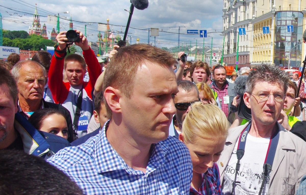 Навальному стало плохо в самолете, на котором тот летел из Томска в Москву / фото УНИАН