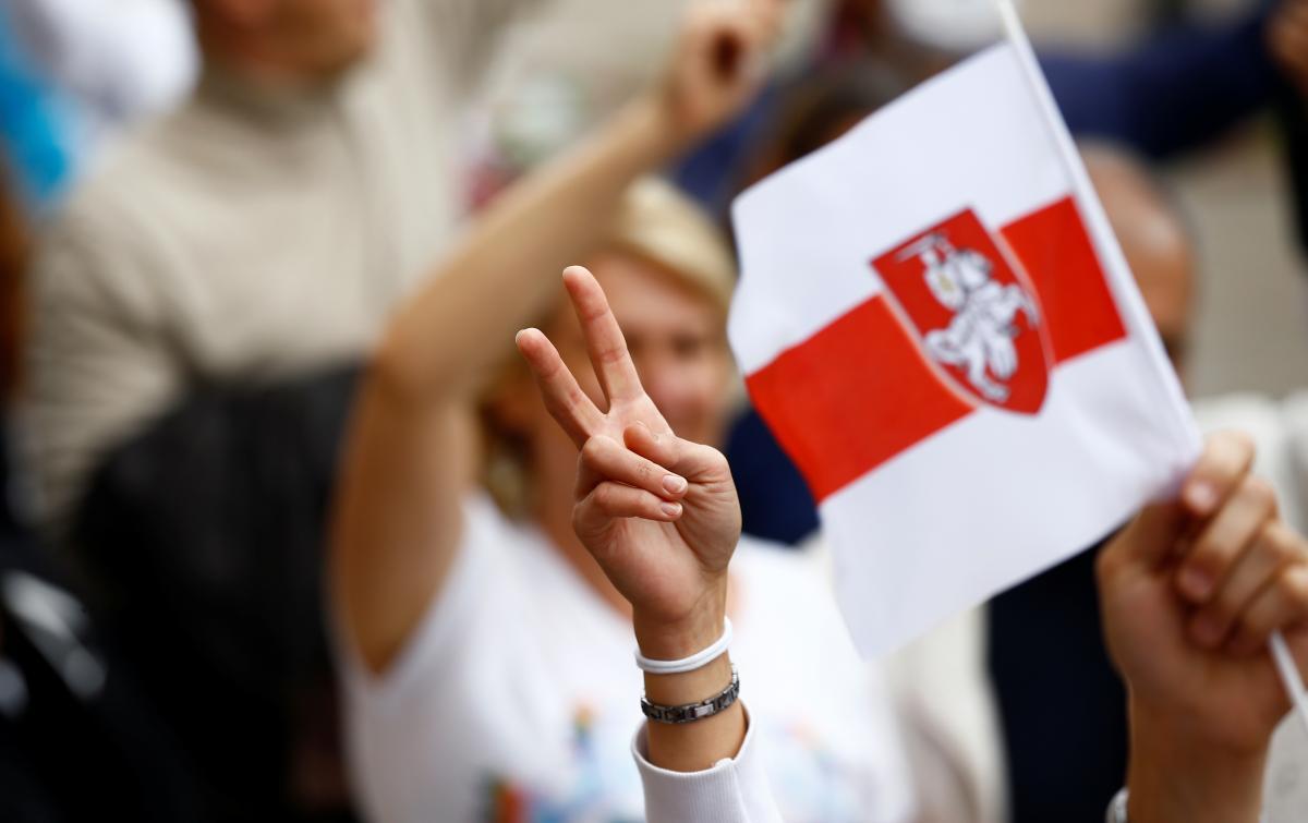 Украина осуждает наступление белорусских властей на представителей СМИ / фото REUTERS
