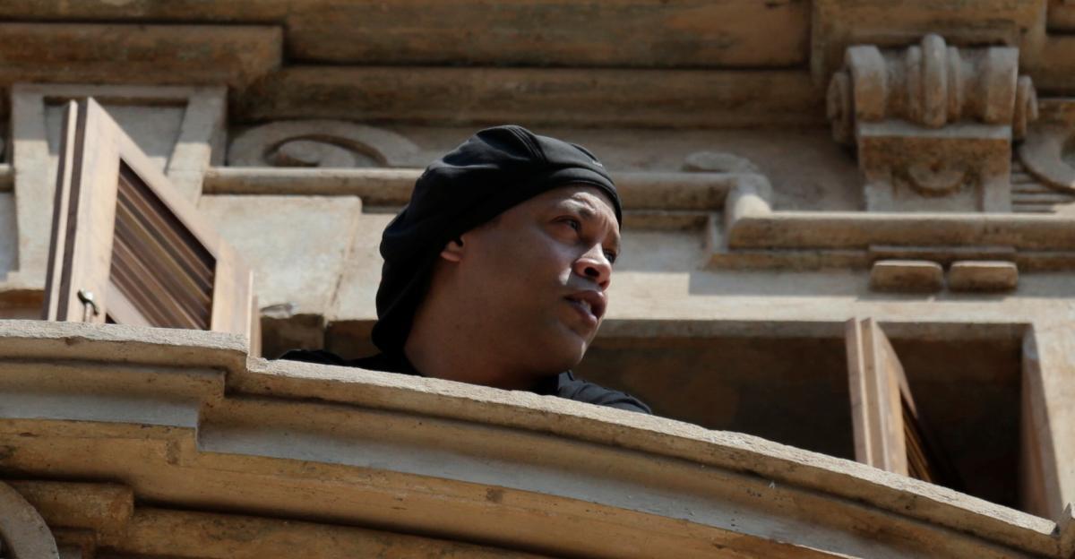 Роналдіньо був під арештом в готелі / фото REUTERS