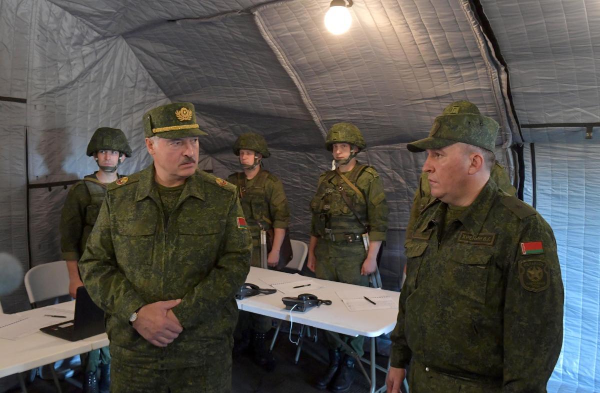 Лукашенко рассказал о военніых приготовлениях Беларуси / Фото: REUTERS