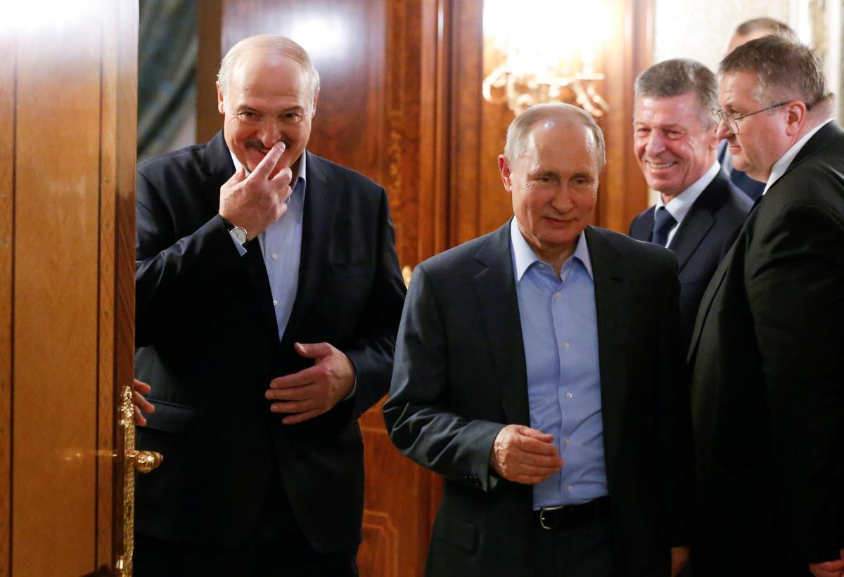 Лукашенко з Путіним - давні партнери/ Фото: REUTERS