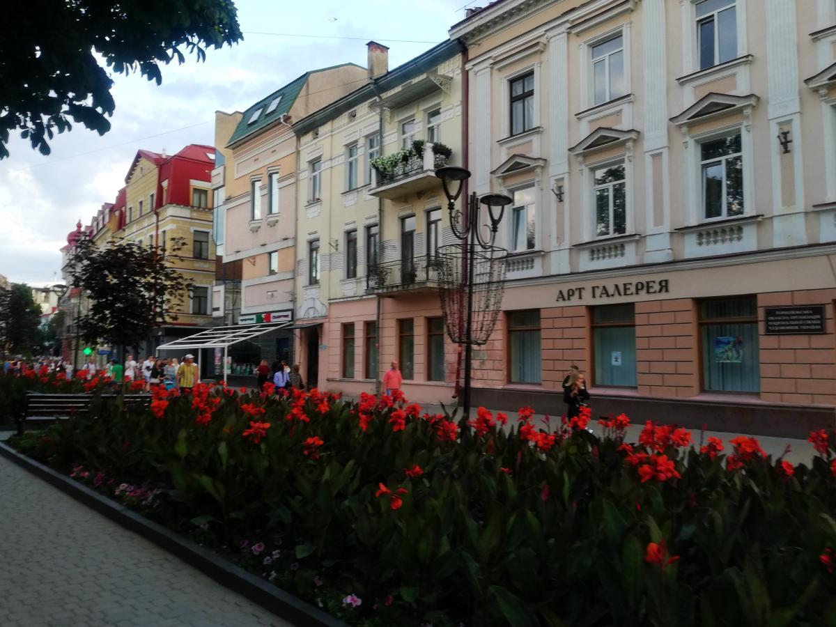 В городе восстанавливается работа ресторанов и кафе \ фото Марина Григоренко