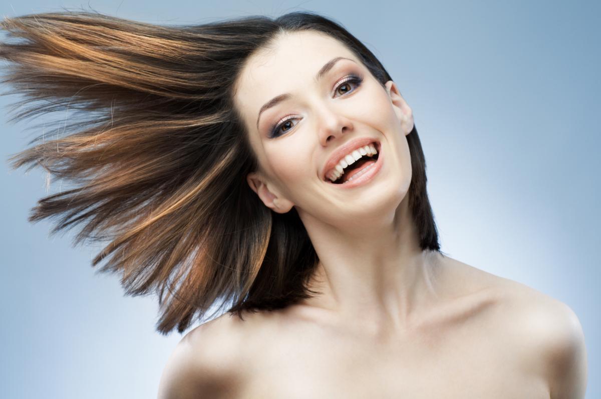 Зимой волосы нуждаются в особом уходе \ фото ua.depositphotos.com