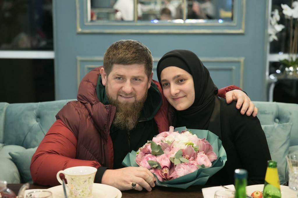 В марте 2020-го ее наградили медалью «За заслуги перед Чеченской Республикой» / RKadyrov_95