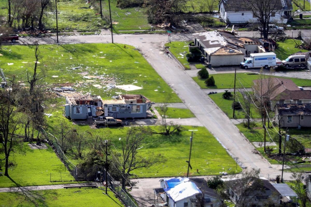 "Последствия урагана ""Лора"" в США / фото REUTERS"