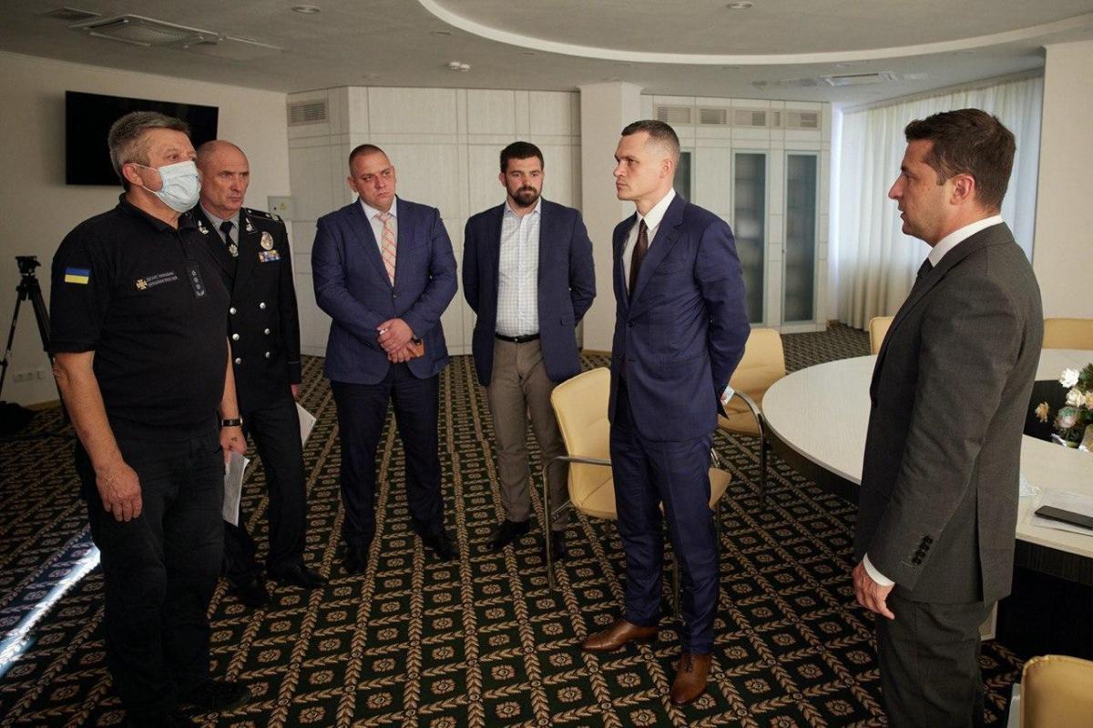 Президент собрал срочное совещание по лесным пожарам в Украине / фото ОП