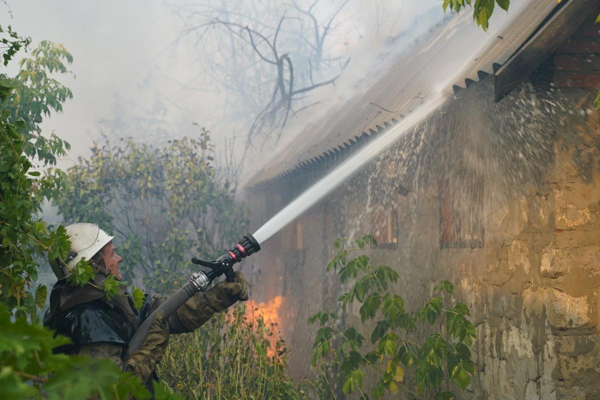 Новости Луганской области - ГСЧС удалось ликвидировать два очага лесных пожаров / facebook.com/lugdsns