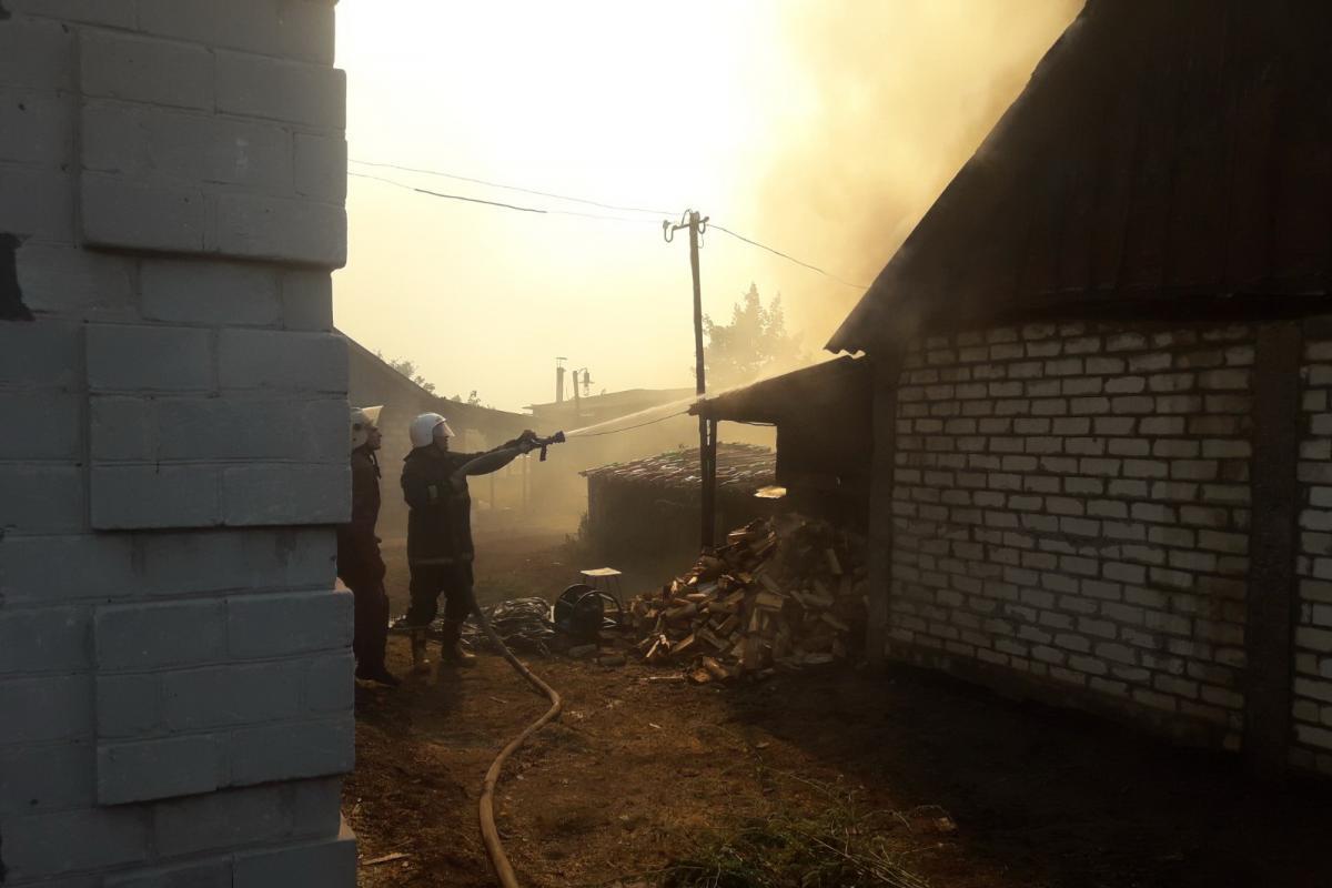 Луганщина борется с масштабными пожарами / фото ГСЧС