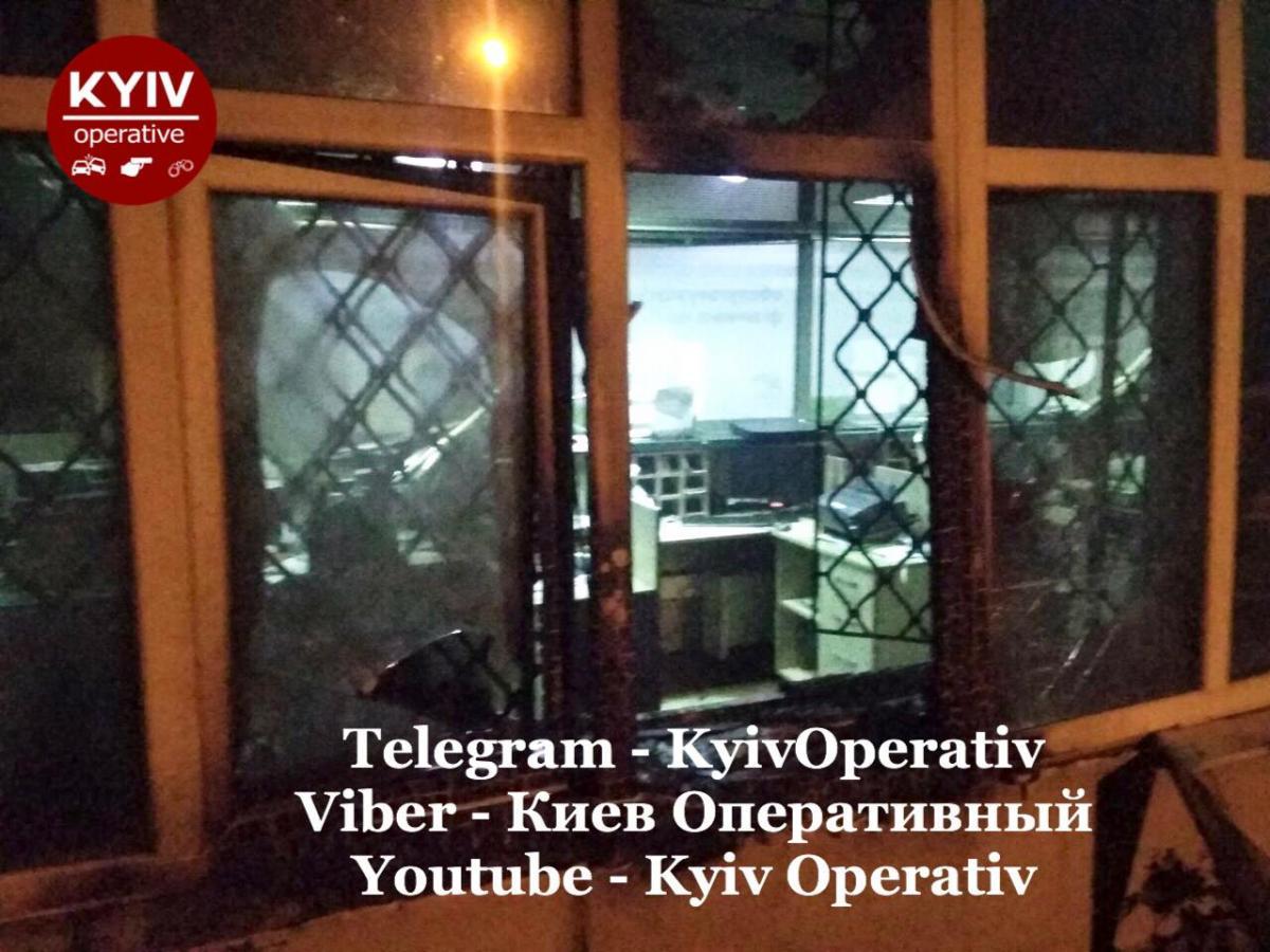Огонь успели потушить / Киев Оперативный Facebook