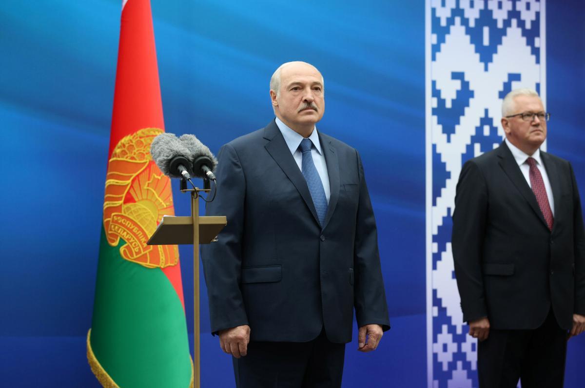 Тысячи граждан высказались за переизбрание президента Беларуси / Фото: REUTERS