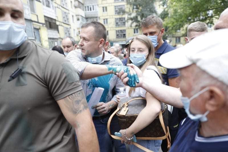 Сам мэр написал, что это сделали «уроды и идиоты» / Borys Filatov, Facebook