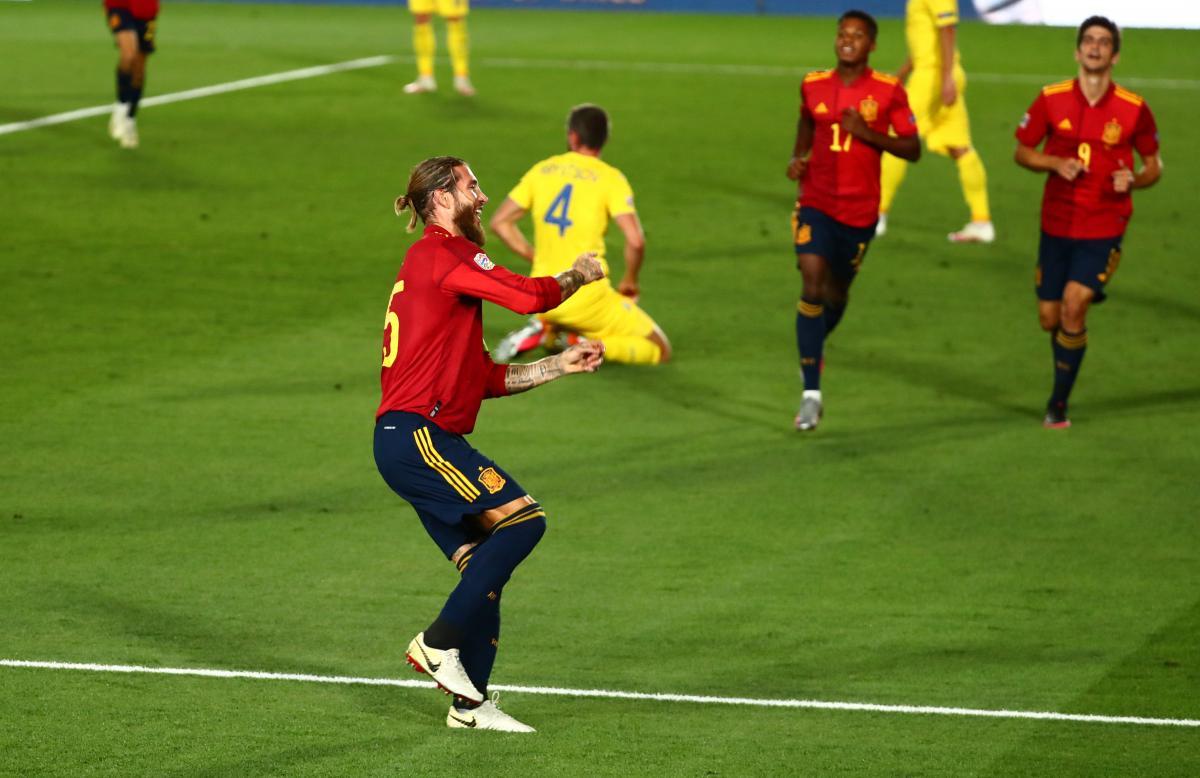 Испания - Украина / фото REUTERS