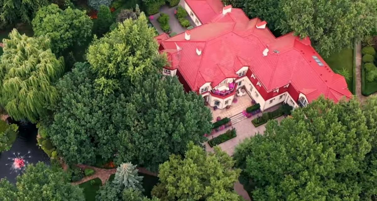 Тимошенко живет в особняке площадью почти 600 кв. м / Скриншот