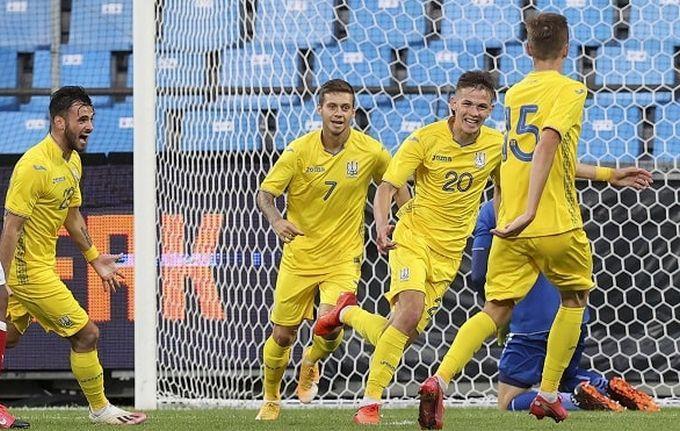 Украинцы одержали победу со счетом 2:0 / фото УАФ