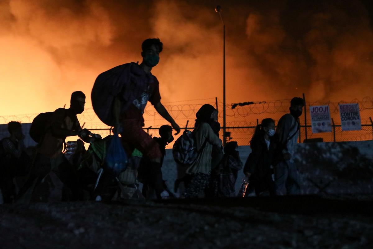 Причина пожежі поки невідома / фото REUTERS