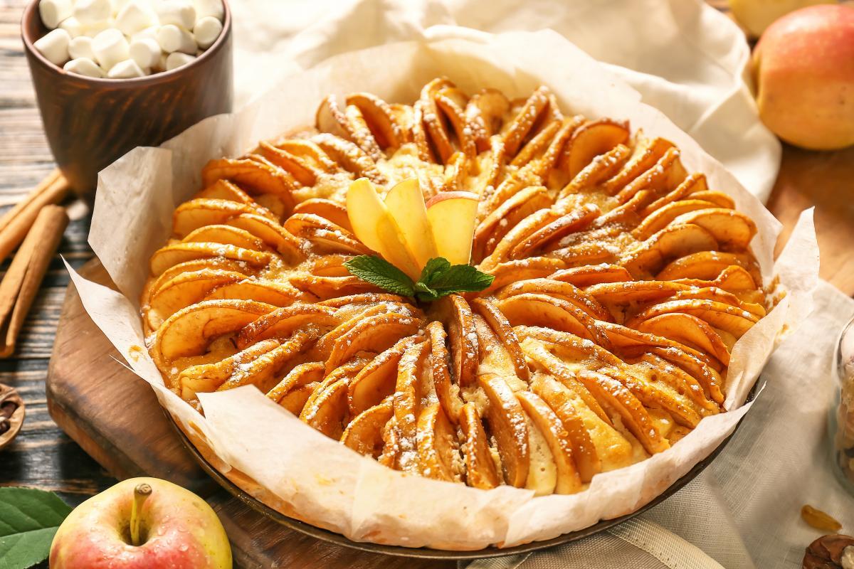 Рецепт італійськогосільськогояблучногопирога / фото ua.depositphotos.com