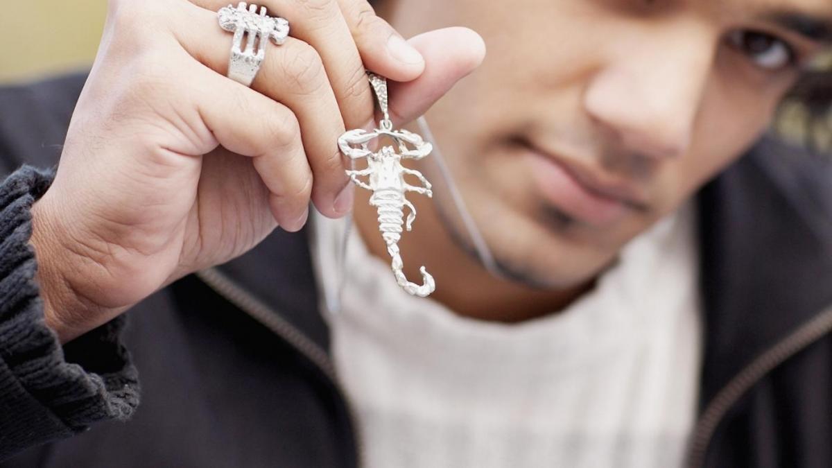 Скорпион готов попробовать все, что необходимо, чтобы искра страсти между вами не угасла / ezoterika.me