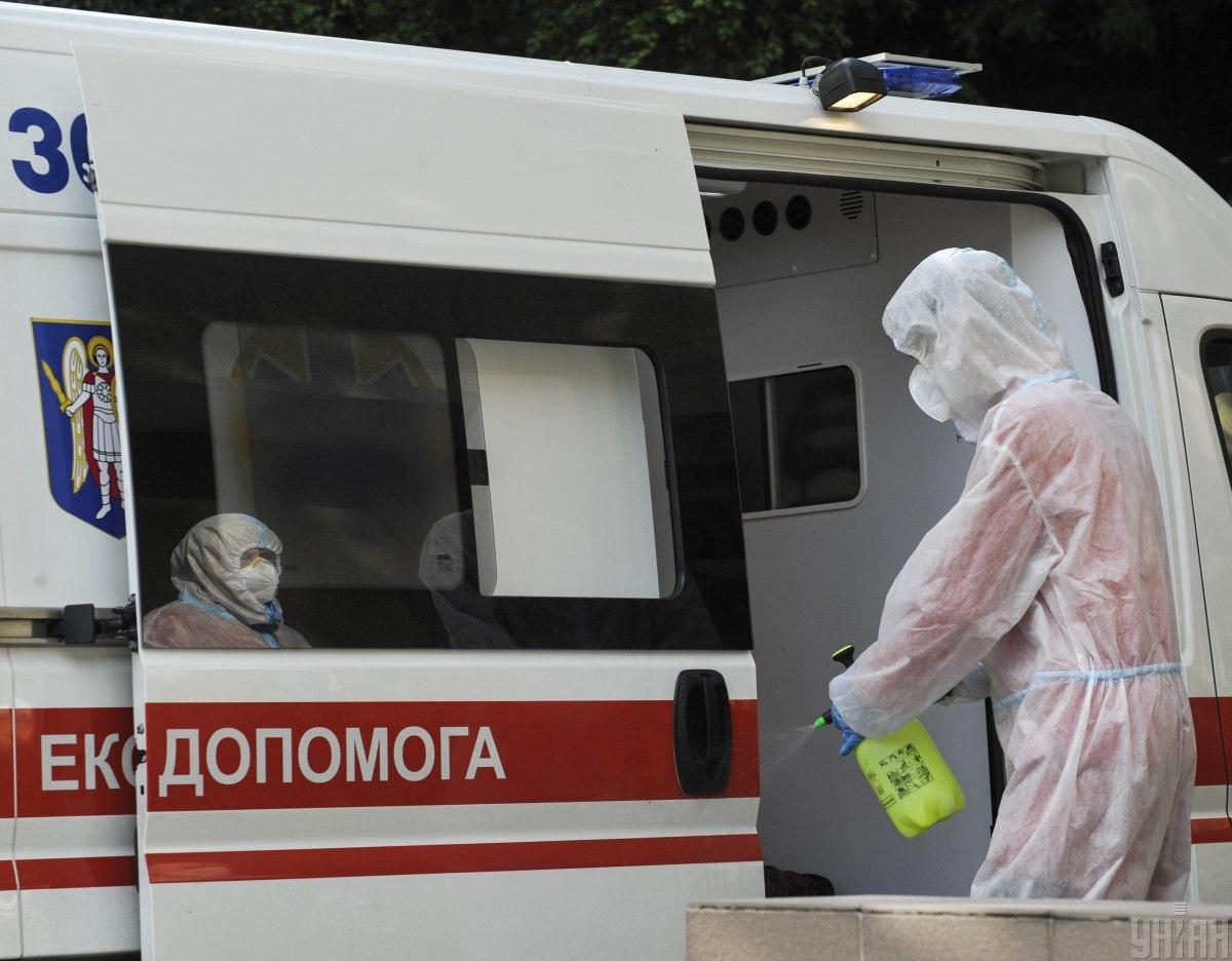 В больницу скорой помощи Львова за вчерашние сутки госпитализировали рекордное количество больных / фото УНИАН, Сергей Чузавков