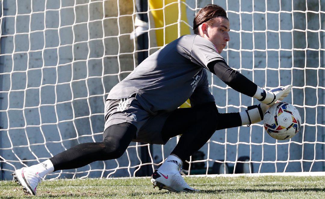 Андрій Лунін під час тренування Реала / фото realmadrid.com
