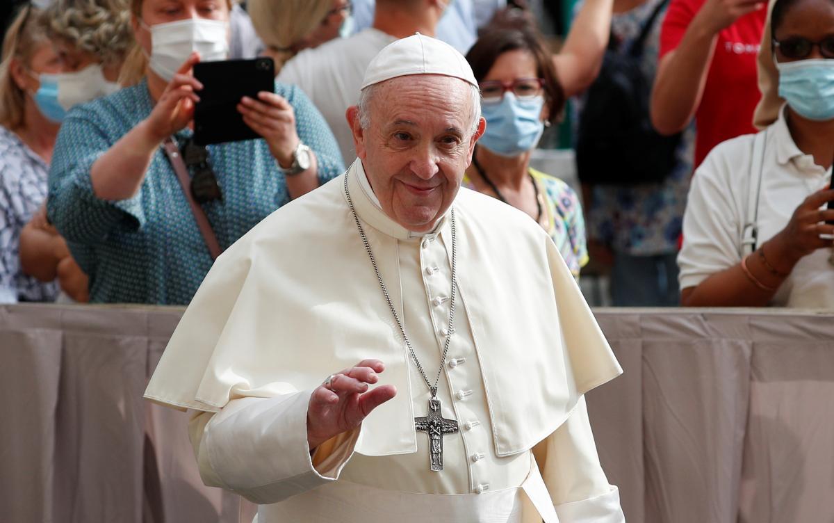 Папа Франциск высказался относительно ЛГБТ / фото REUTERS