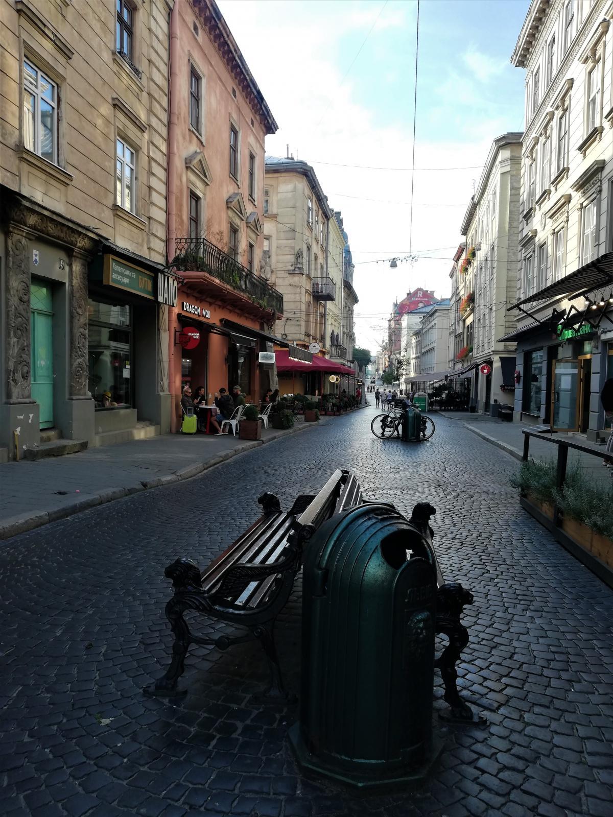 Година літаком - і ви вже гуляєте цими вуличками / фото Марина Григоренко