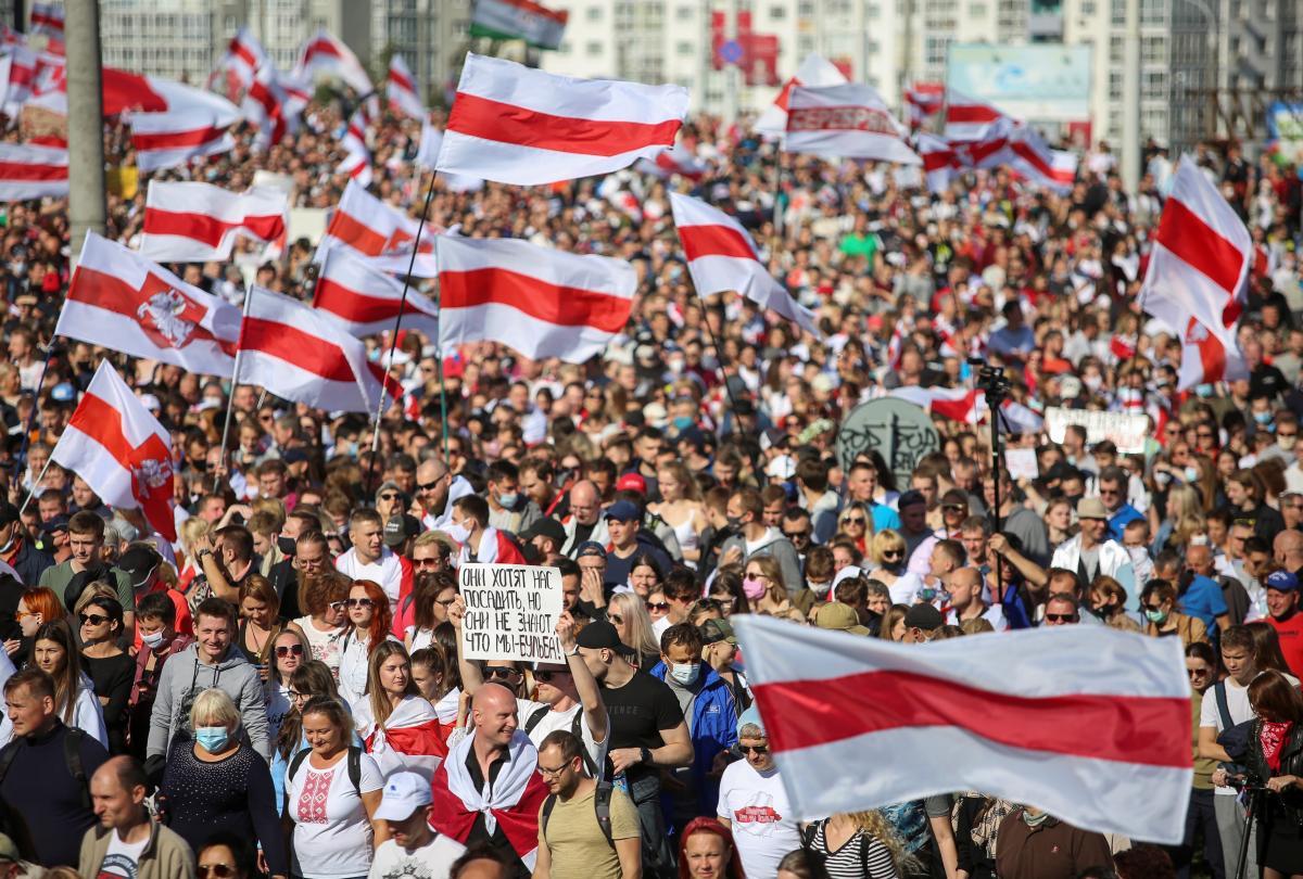 Протести проти режиму Лукашенка тривають з 9 серпня / фото REUTERS