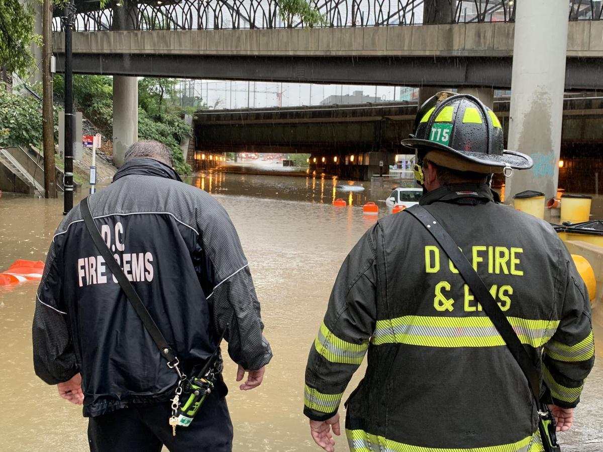 Зливи затопили Американський Вашингтон | twitter.com/dcfireems