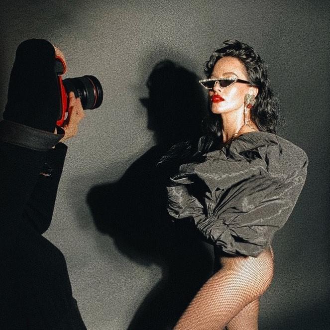 Астафьева заинтриговала поклонников эротическим снимком / фото instagram.com/da_astafieva