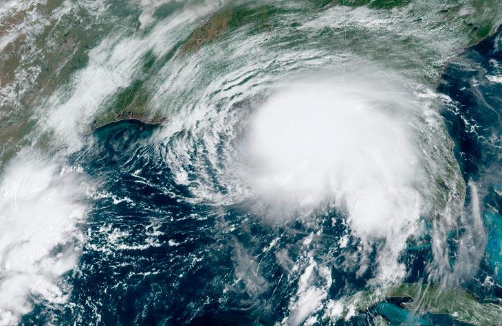"""На США насувається потужний ураган"""" Саллі """" / nhc.noaa.gov"""