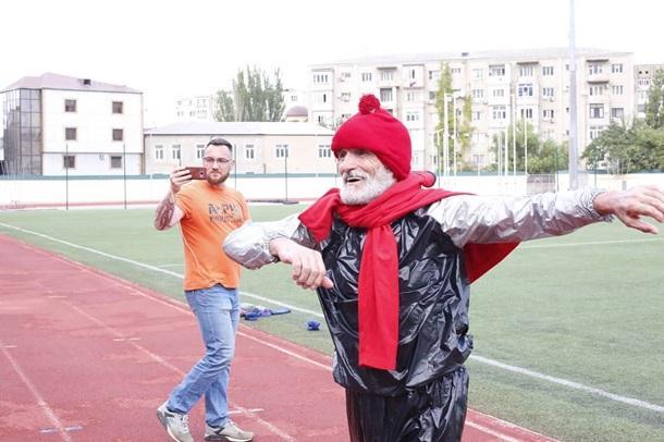 Багаме Айгубову вручили сертификат Книги рекордов России/ фото minsportrd
