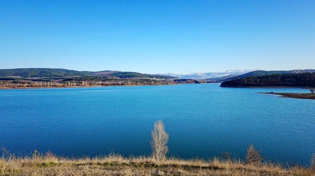 Архівне фото Сімферопольського водосховища / фото twitter.com/CrimeaUA1