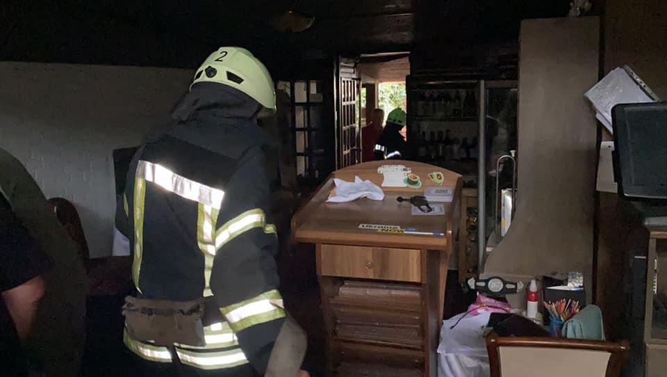 В ресторане на Андреевском спуске прогремел взрыв / фото ГСЧС