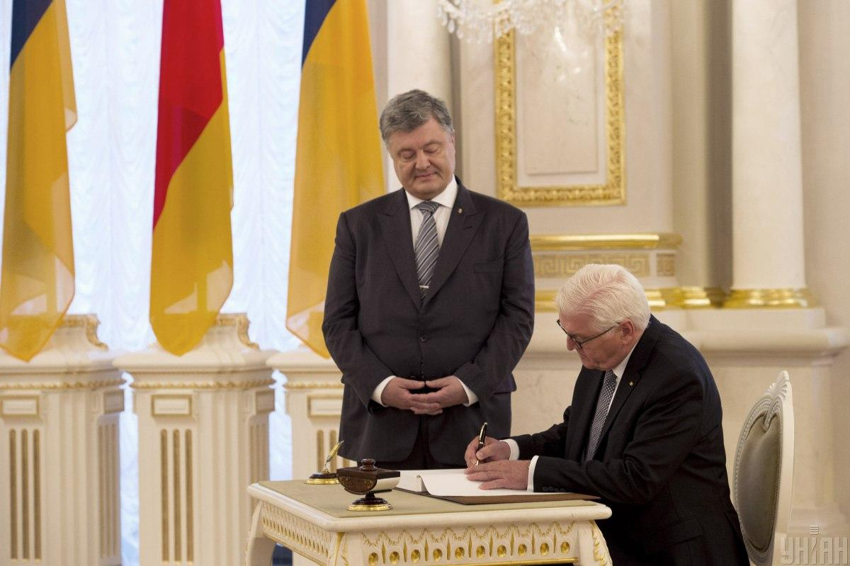 Петр Порошенко и Франк-Вальтер Штайнмайер / Фото УНИАН