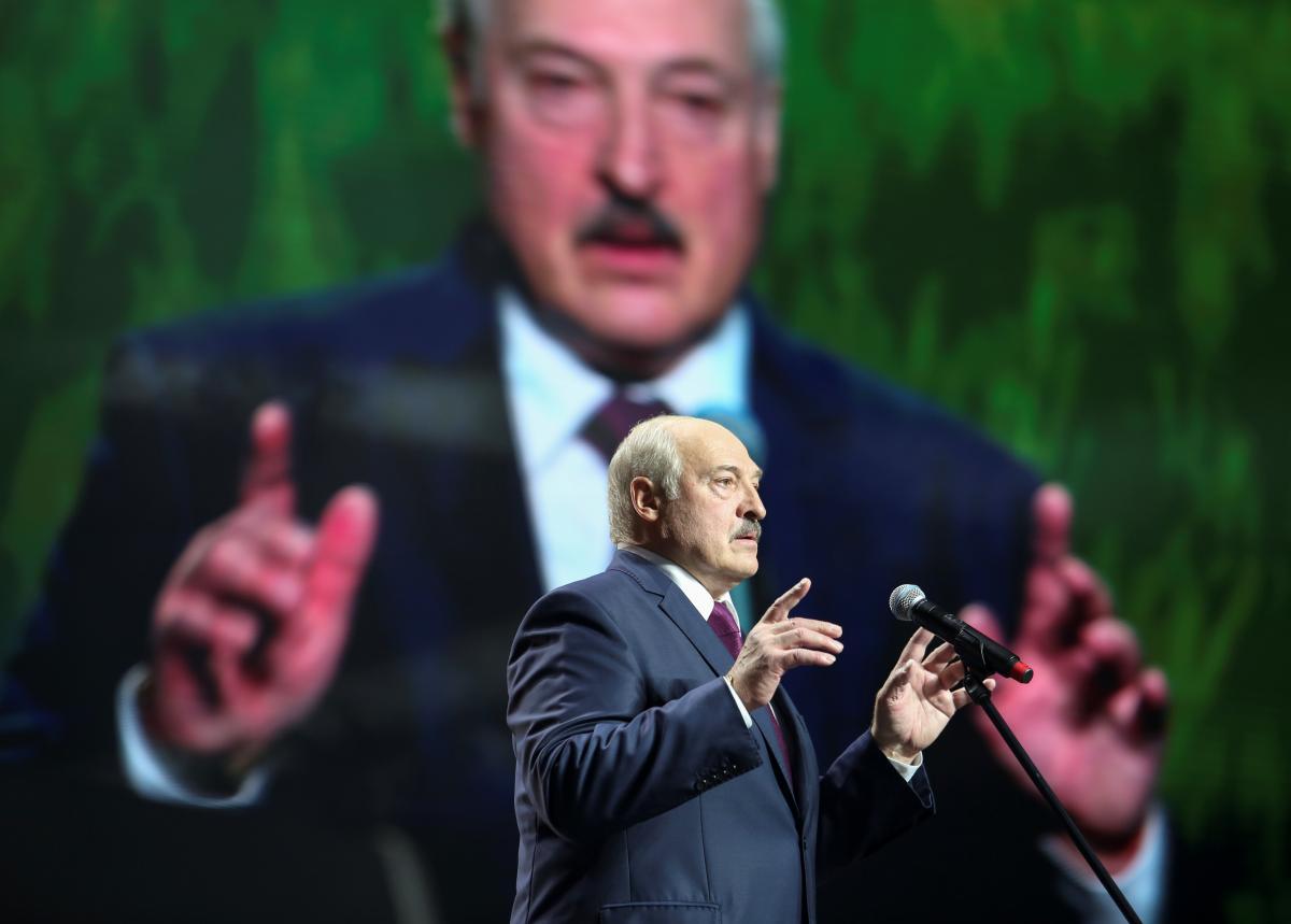 Аваков посоветовал Лукашенко попить водички / REUTERS