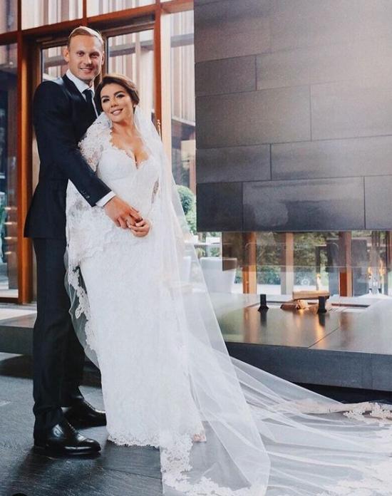 Седокова вышла замуж за спортсмена \ instagram.com/weddingbymercury/