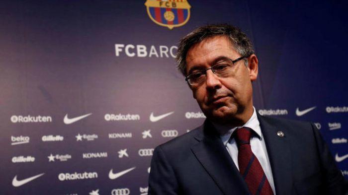 Жозеп Мария Бартомеу доволен тем, что Лионель Месси остался в клубе / фото Marca