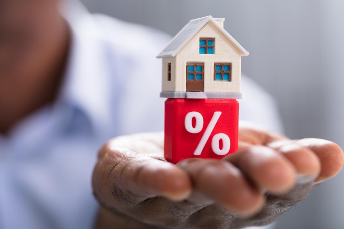 Щоб зробити житло доступнішим, влада вирішила здешевити іпотеку з 16%відсотків річних до 7% / фото ua.depositphotos.com