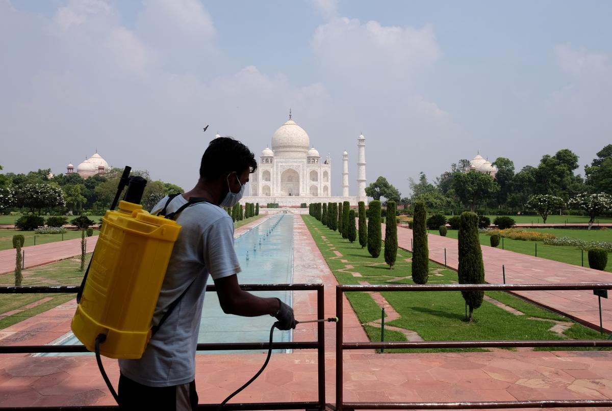 Тадж-Махал снова открывается для туристов / фото REUTERS