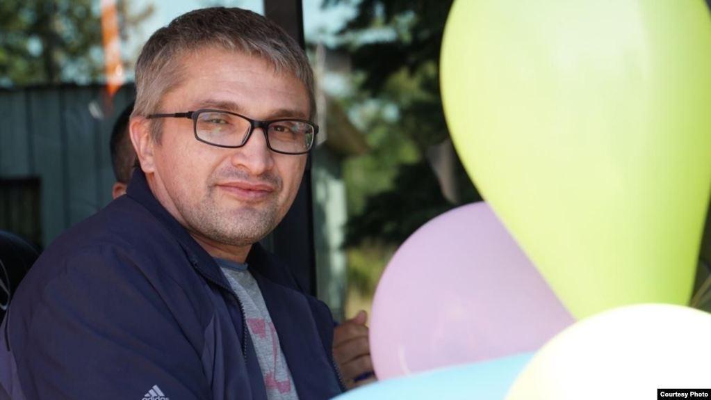 Крымского блогера Наримана Мемедеминова освободили из колонии-поселения / Фото radiosvoboda.org