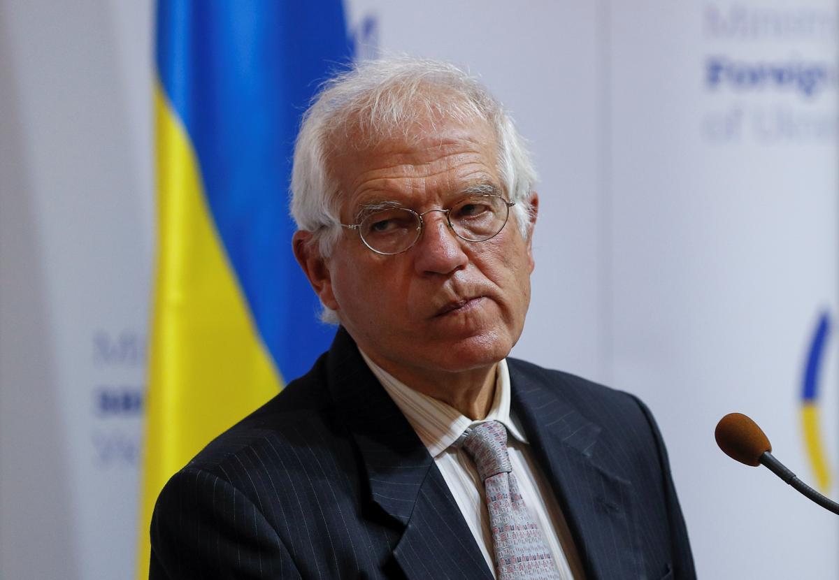 Жозеп Боррель заявил, что Украина выполняет требования для сохранения безвиза / фото REUTERS