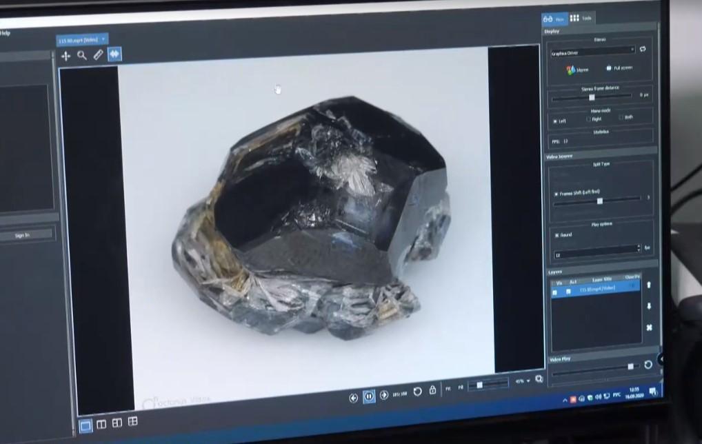 Вес крупнейшего искусственного алмаза в мире - 109 каратов / скриншот
