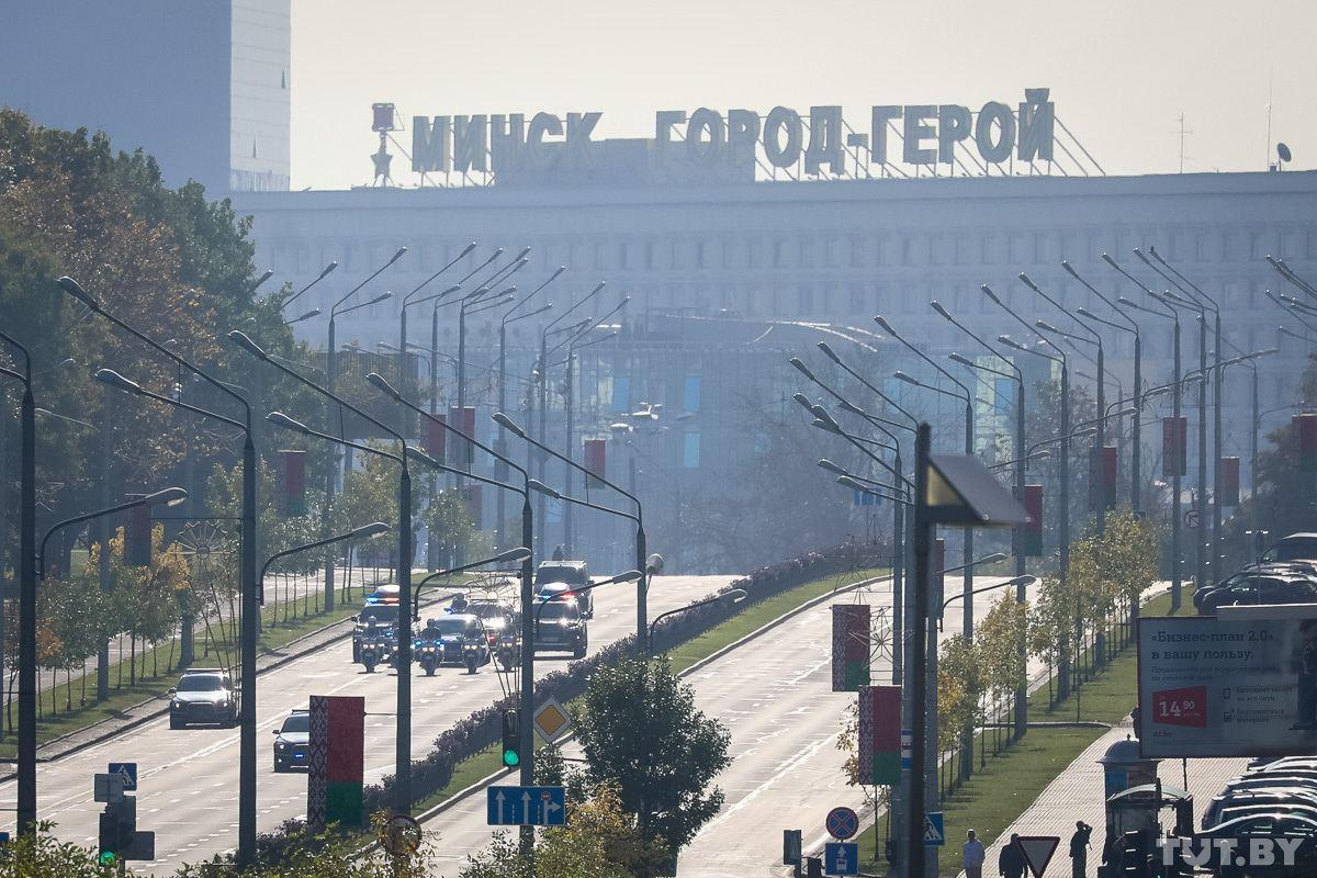 Инаугурация Лукашенко - в центре Минска заметили длинный праздничный кортеж / TUT.BY