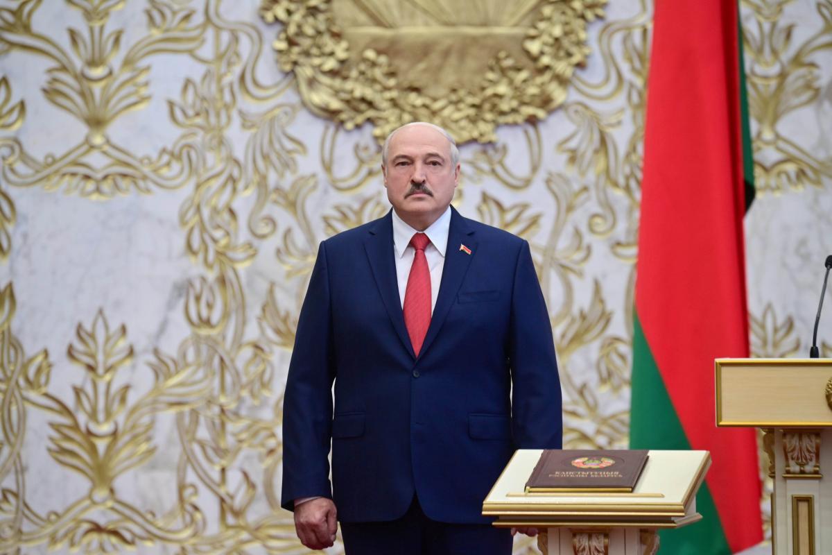 Олександр Лукашенко під час невизнаної інавгурації / REUTERS
