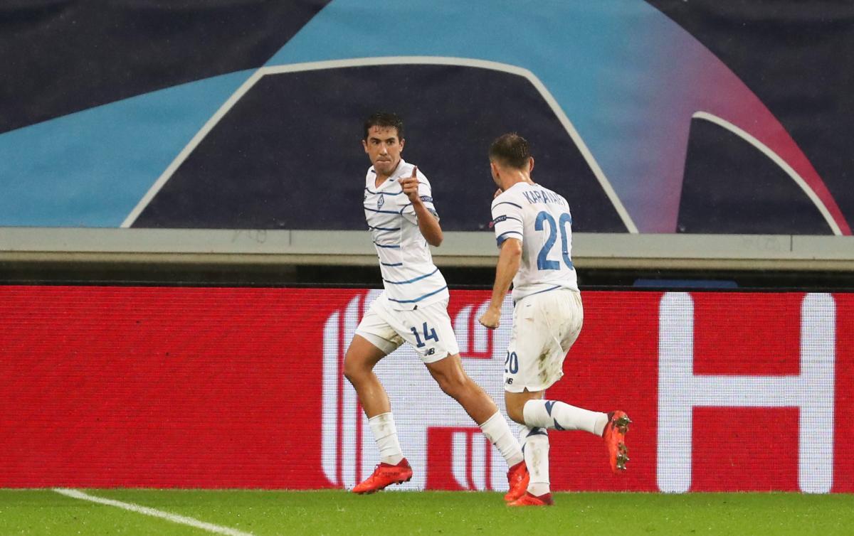 Карлос де Пена забив другий гол Динамо / фото REUTERS