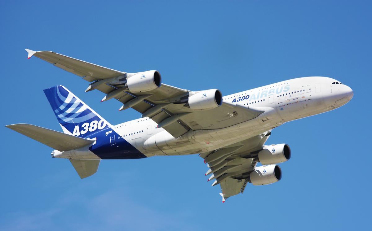 Airbus собрал последний крупнейший в мире пассажирский самолет А380 / фото ua.depositphotos.com