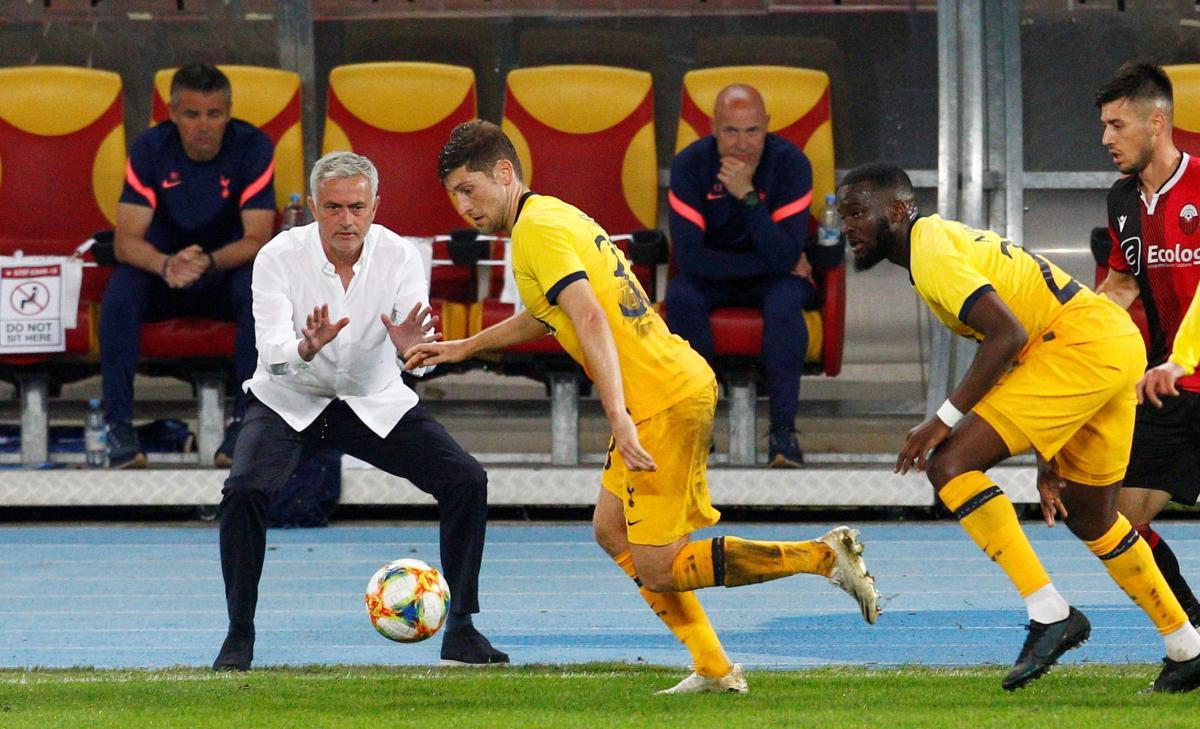 Тоттенхем Жозе Моурінью пройшов суперника з Македонії / фото REUTERS