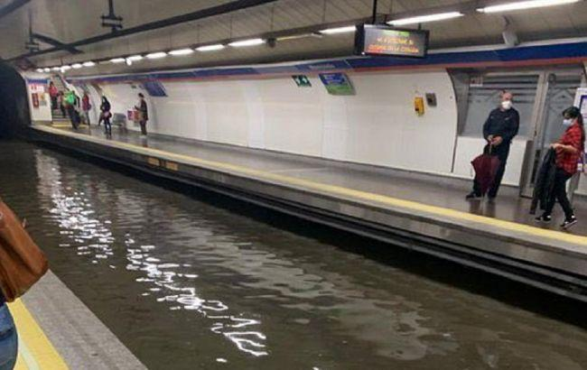 Ававрійна ситуація в метро Мадриду / Скріншот