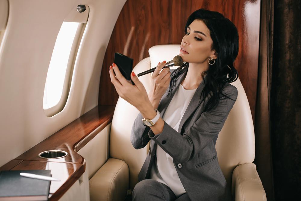 Женщниа-Дева выглядит стильно и практично / фото ua.depositphotos.com
